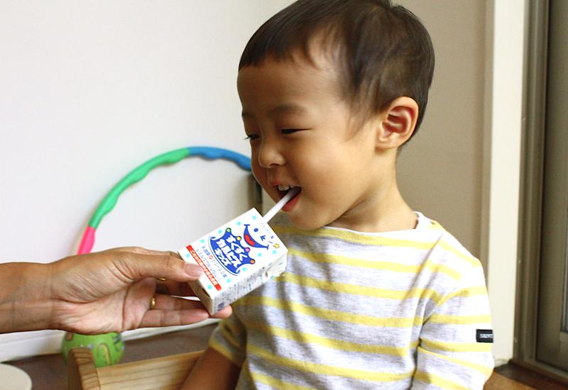 息子のジュースデビュー体験!ママがこどもに飲ませたいジュースについて調べてみた!!